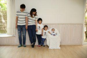 family_sub1-min